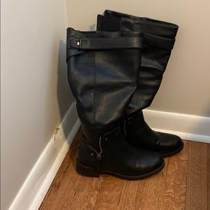 Maurice's black faux leather wide calf boots
